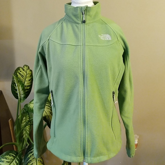 12e1fabe61 The North Face fleece jacket size large. M 5a7521b3a825a61936f01dd4